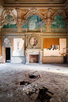 Villa abandonnée avec cheminée. sur Roman Robroek