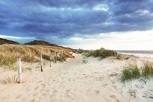 Een bewolkte dag op het strand van Scheveningen