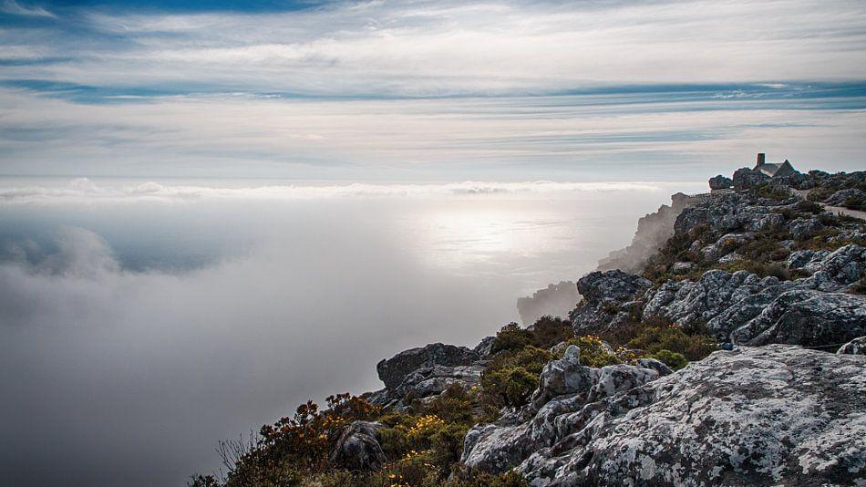In de wolken op de Tafelberg Afrika