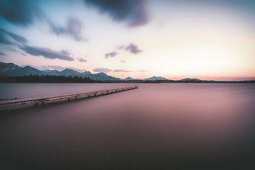 Sonnenuntergang am Hopfensee von Maikel Brands