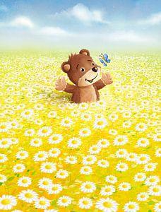 süßer Bär in Blumenwiese