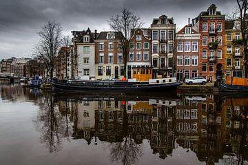 Vue de la Zwanenburgwal à Amsterdam sur Ruurd Corpel