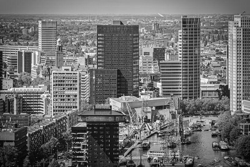 Skyline Leuvehaven Rotterdam (schwarz-weiß) von Mark De Rooij