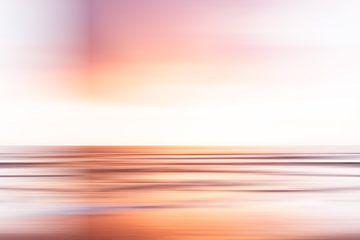 Abendrot über dem Meer vor der Küste von Scheveningen von MICHEL WETTSTEIN