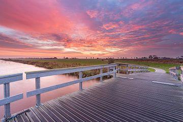 Sonnenaufgang über der Brücke von Timothy Ricketts