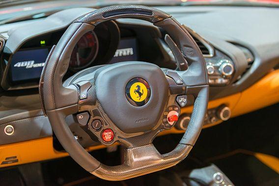 Ferrari 488 Spider sportwagen dashboard