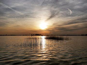 Zonsondergang op Loosdrecht van Danielle Bosschaart