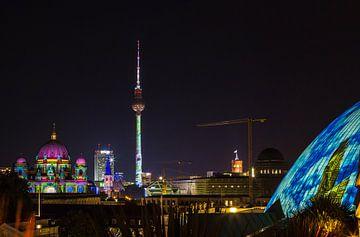 Berliner Skyline mit Dom und Fernsehturm von Frank Herrmann