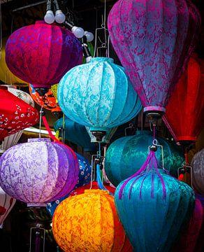 Kleurige lantaarns in Hội An, Vietnam van Rietje Bulthuis