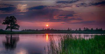 Sunset von Reint van Wijk