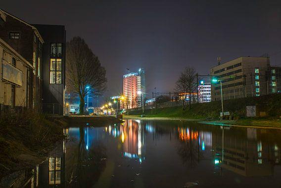 Avond aan de Spoorzone Tilburg  van Freddie de Roeck