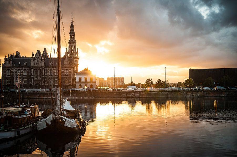 Loodswezen aan het Willemdok in Antwerpen van Geert D
