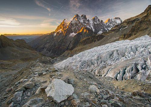 Mont Pelvoux - Massif des Ecrins van Fabien DESBOIS