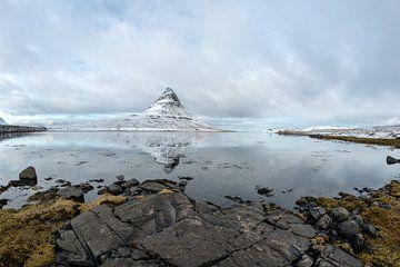 Kirkjufell in west IJsland. Een icoon in het landschap