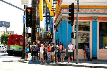 Hollywood Boulevard corner, Los Angeles, California van Samantha Phung