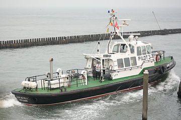 Loodsboot 2 van Janjaap Van Dijk