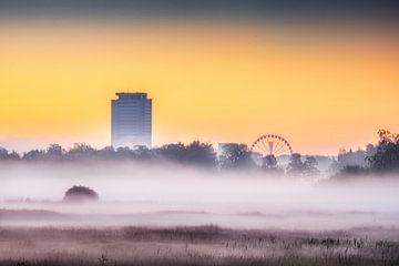 Der Turm und das Riesenrad von Ruud Peters