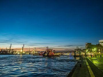 2015-12-08 Landungsbrücken von Joachim Fischer