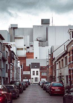 Dans l'ombre de l'usine sur Matthijs Van Mierlo