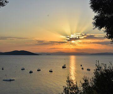 Zonsondergang in Griekenland van Anne Travel Foodie