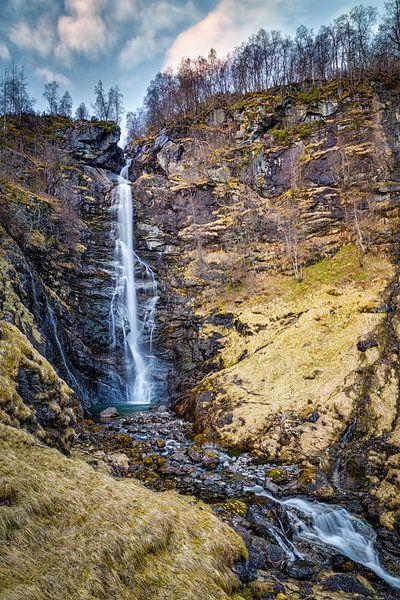 Noorse waterval van Jasper den Boer