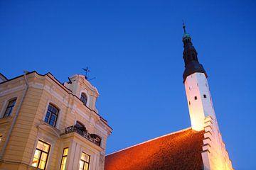 Rathaus und Cafe, Altstadt, Tallinn, Estland von Torsten Krüger