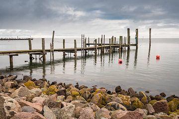 Landing stage on the North Sea coast on the island Amrum van Rico Ködder