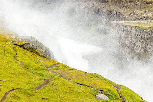 Kloof in IJsland dicht bij de Gullfoss waterval van Hein Fleuren