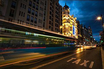 Bus ou taxi ? sur Joris Pannemans - Loris Photography