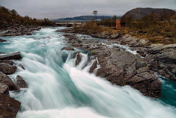 Waterval in Jotunheimen van Menno Schaefer