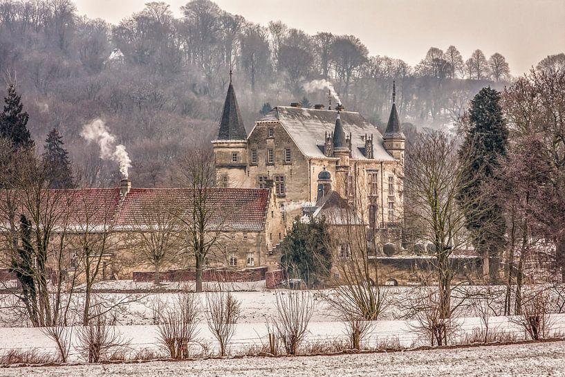 Kasteel Schaloen in Oud-Valkenburg in winterse sfeeren van John Kreukniet