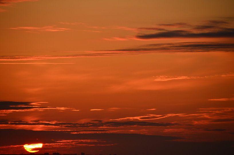 Fiery Skies van Marcel van Duinen
