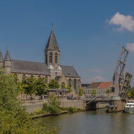 De Kerk van Deinze aan de haven van Freddie de Roeck
