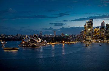 Sydney Harbour Twilight van Anton Engelsman