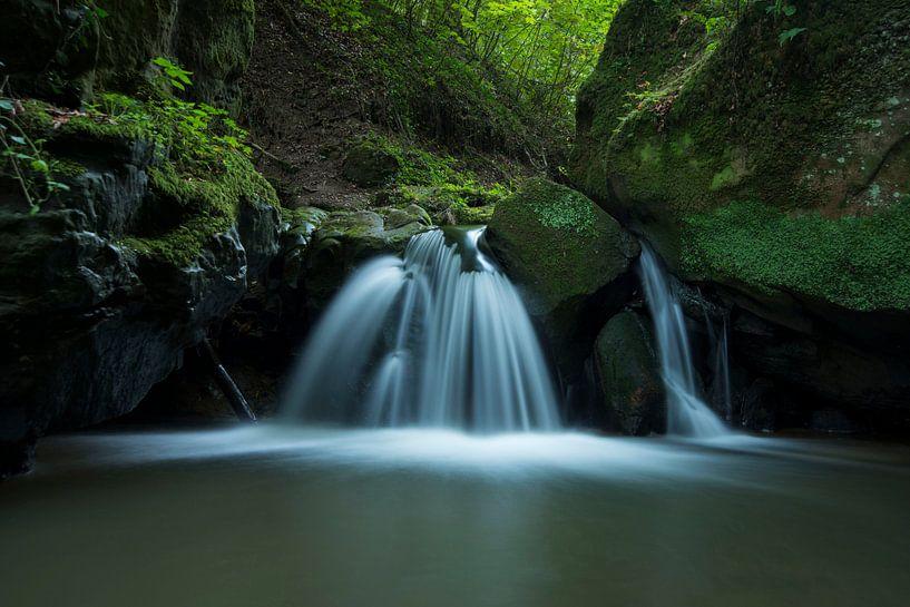 Waterfall sur Isabel Alba Gonzalez