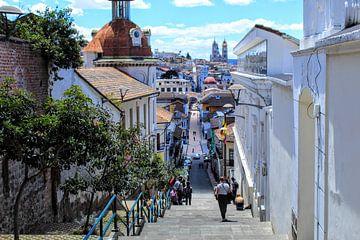 Kleurrijk Quito, Ecuador van Tom Hengst