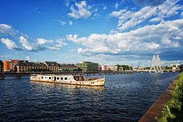 Berlin – Osthafen / Spree von Alexander Voss