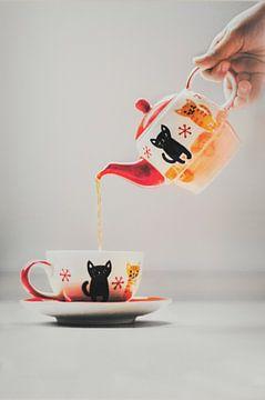 Wie wil er thee? van Elianne van Turennout