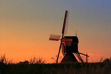 Mühle bei Sonnenuntergang von Yvonne Blokland
