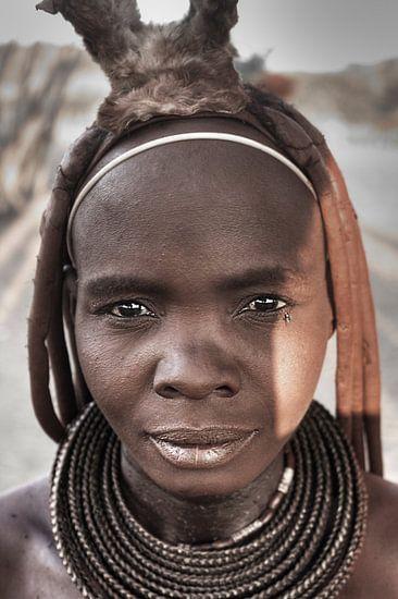 Himba Woman Portrait 3/4 van BL Photography