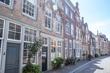 Dordrechts straatje van Marleen Kuijpers