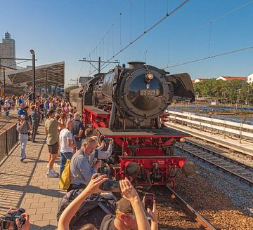 Stoomtrein Station Tilburg van Freddie de Roeck