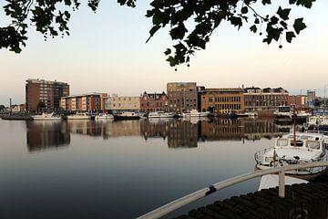 Haven van Delft - Delft harbour see trough van Mariska van Vondelen