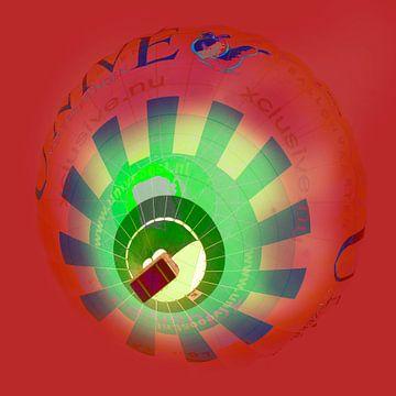 Red Balloon van FotoNederland / Henk Tulp