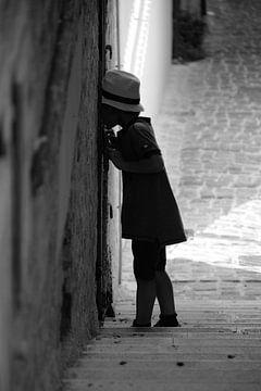 Nieuwsgierig kind. van Maren Oude Essink