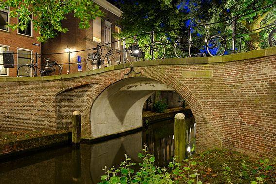 Magdalenabrug over de Nieuwegracht in Utrecht