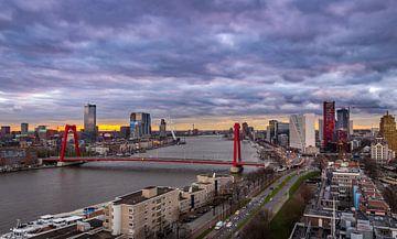 Skyline Rotterdam vanaf de Hoge Wiek van Arisca van 't Hof