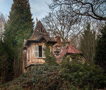 Verlassenes Landhaus von Olivier Van Cauwelaert