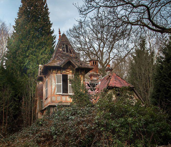 Verlaten Landhuis van Olivier Van Cauwelaert