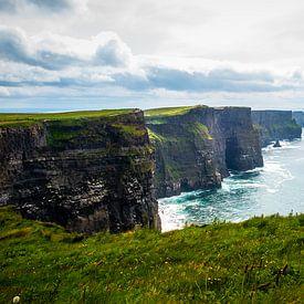 Cliffs of moher Ierland van Eric van Nieuwland